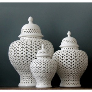 White Lattice Ginger Porcelain Jar With Lid - 3 Sizes