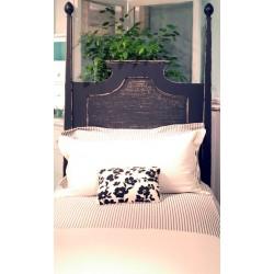 Basket Weave Bed