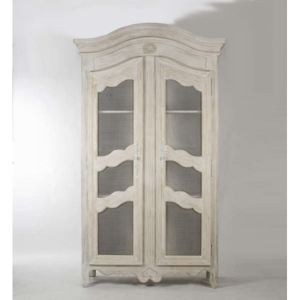 Christopher Cabinet-White